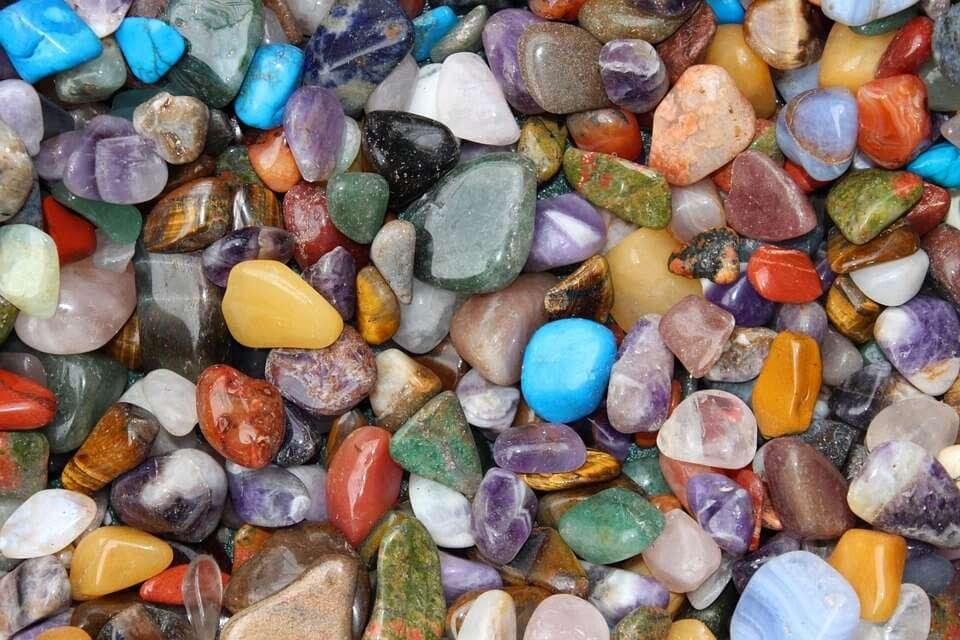 tumble stones crystals