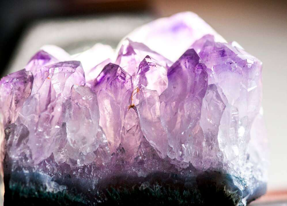 how to charge crystals amethyst