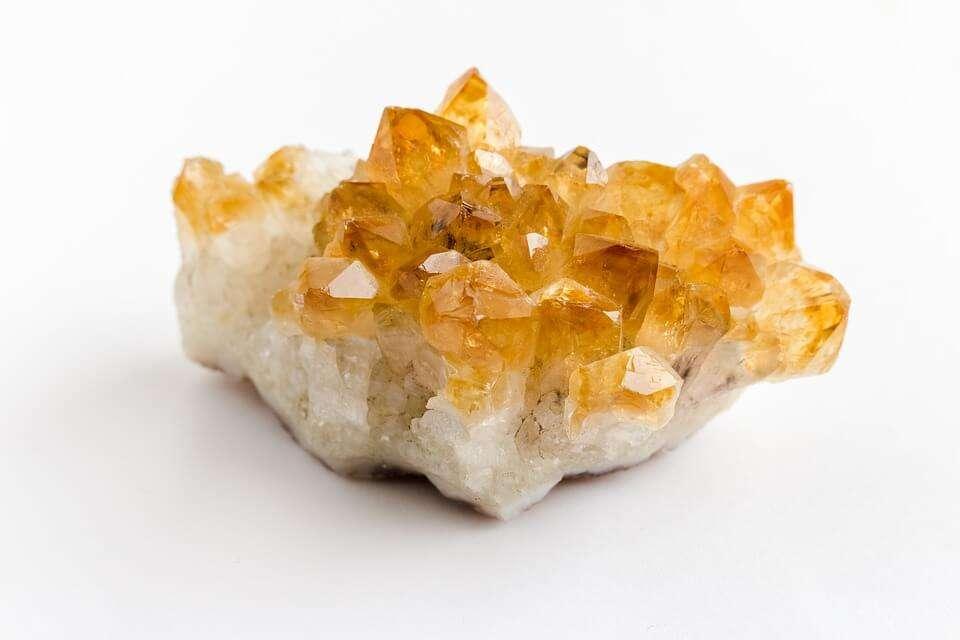 citrine cluster healing properties