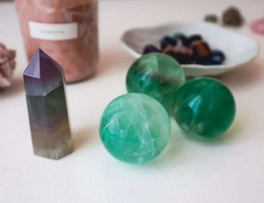 how to set intentions with crystals